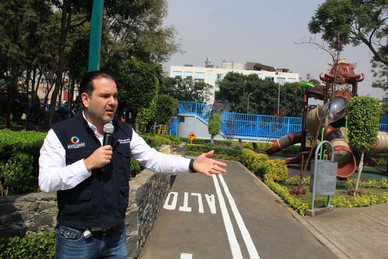 ENTREGA CHRISTIAN VON EL TOTALMENTE REHABILITADO PARQUE NÁPOLES
