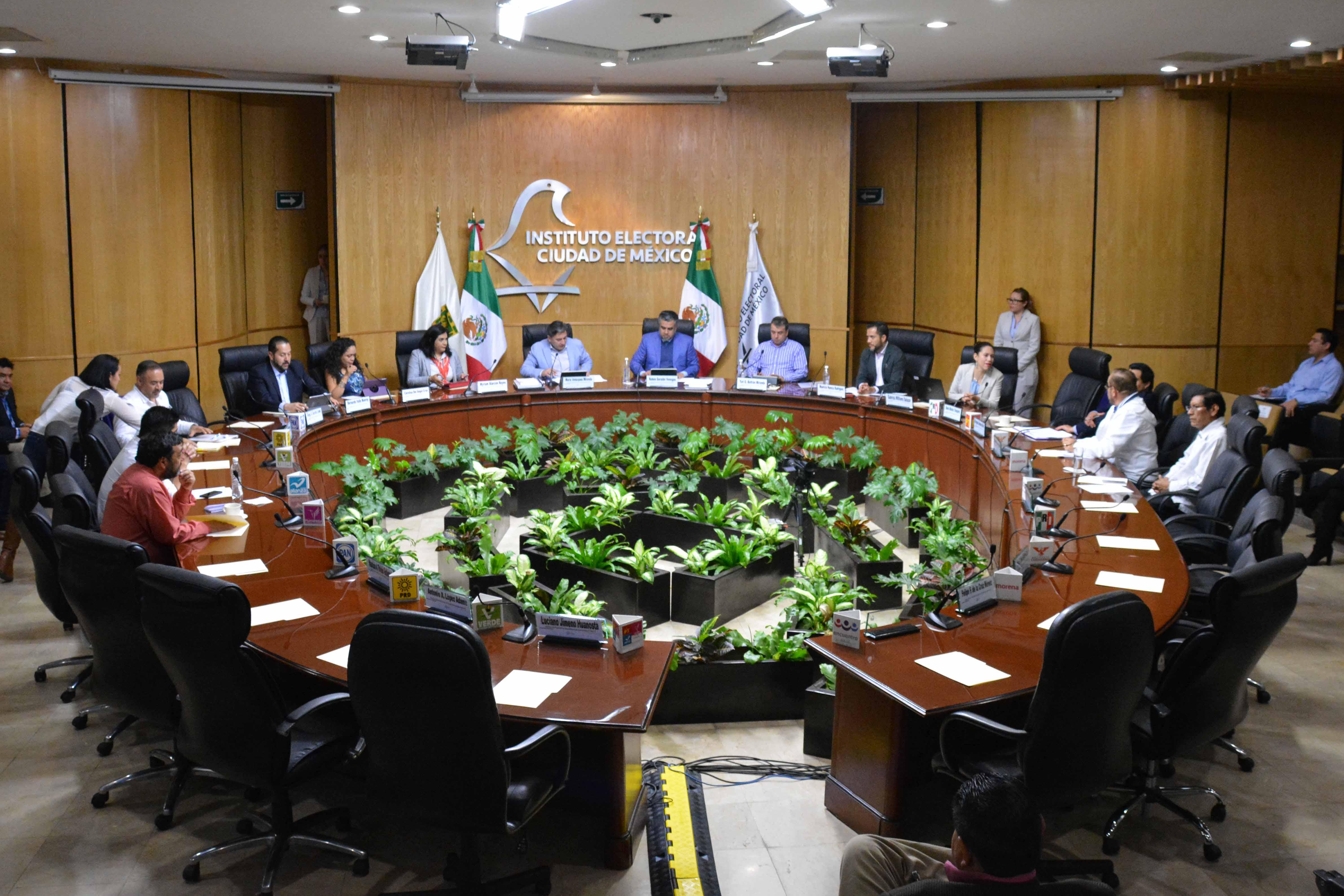 Registra IECM a José Luis Luege Tamargo como aspirante a candidatura sin partido para la Jefatura de Gobierno CDMX