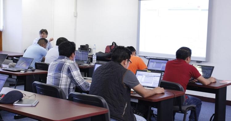 Capacitación politécnica para profesionistas de la construcción en Oaxaca
