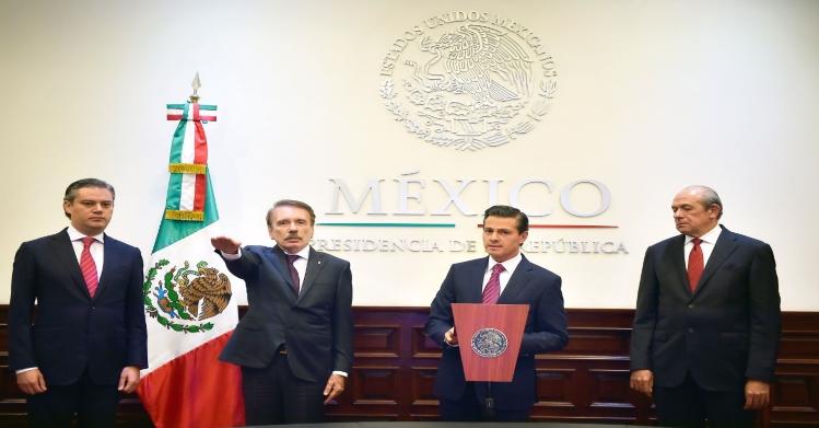 Designan a Mario Rodríguez Casas, como nuevo Director General del IPN