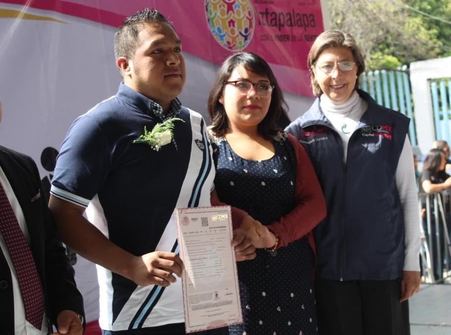 CELEBRA IZTAPALAPA 167 UNIONES LEGALES DE FAMILIAS A TRAVÉS DE BODA COLECTIVA