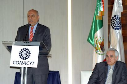 Presenta el Dr. Enrique Cabrero Mendoza Informe del Estado de la Ciencia, la Tecnología y la Innovación 2016