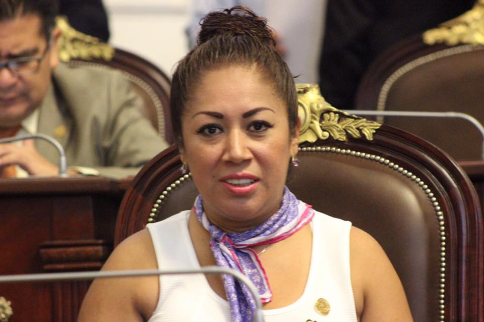 Piden operativos especiales de vigilancia en el Metrobús para evitar asaltos a los Santos Reyes