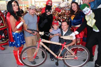 Llevan a cabo en Cuajimalpa la entrega de más de 2,000 juguetes con motivo de Día de Reyes