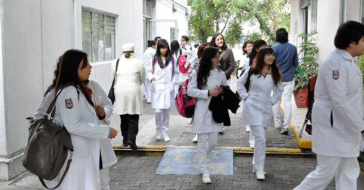 Regresan a las aulas 180 mil estudiantes del Instituto Politécnico Nacional