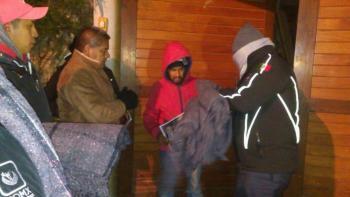 Cuajimalpa entrega 7,000 cobijas en zonas afectadas, por las bajas temperaturas