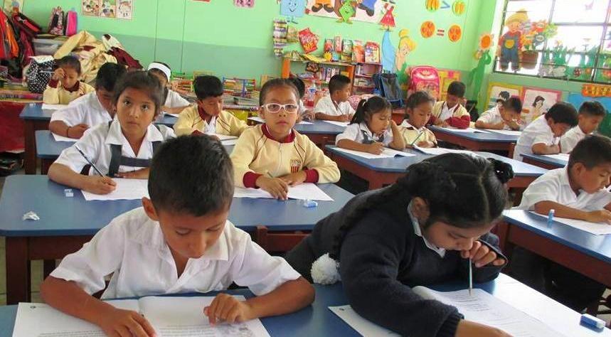 Brinda Tlalpan apoyos a estudiantes de primaria