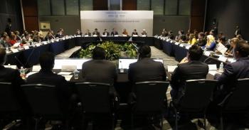 Con trabajo en equipo lograremos mejorar las condiciones de vida de millones de mexicanos