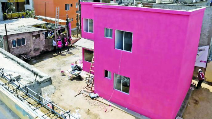 Se entregan primeras 4 viviendas en Xochimilco