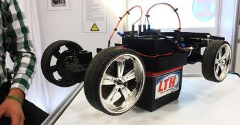 Estudiantes del IPN construyen auto solar a control remoto