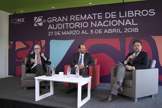 Gran remate de libros en el Auditorio Nacional