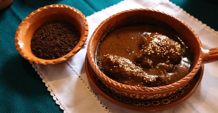 Fusión de sabores en el Encuentro de cocina tlaxcalteca