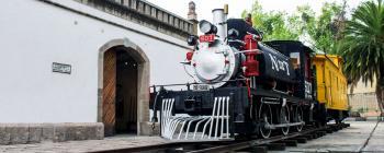Escultura y pintura conforman la muestra La Bestia III en el Museo de los Ferrocarrileros