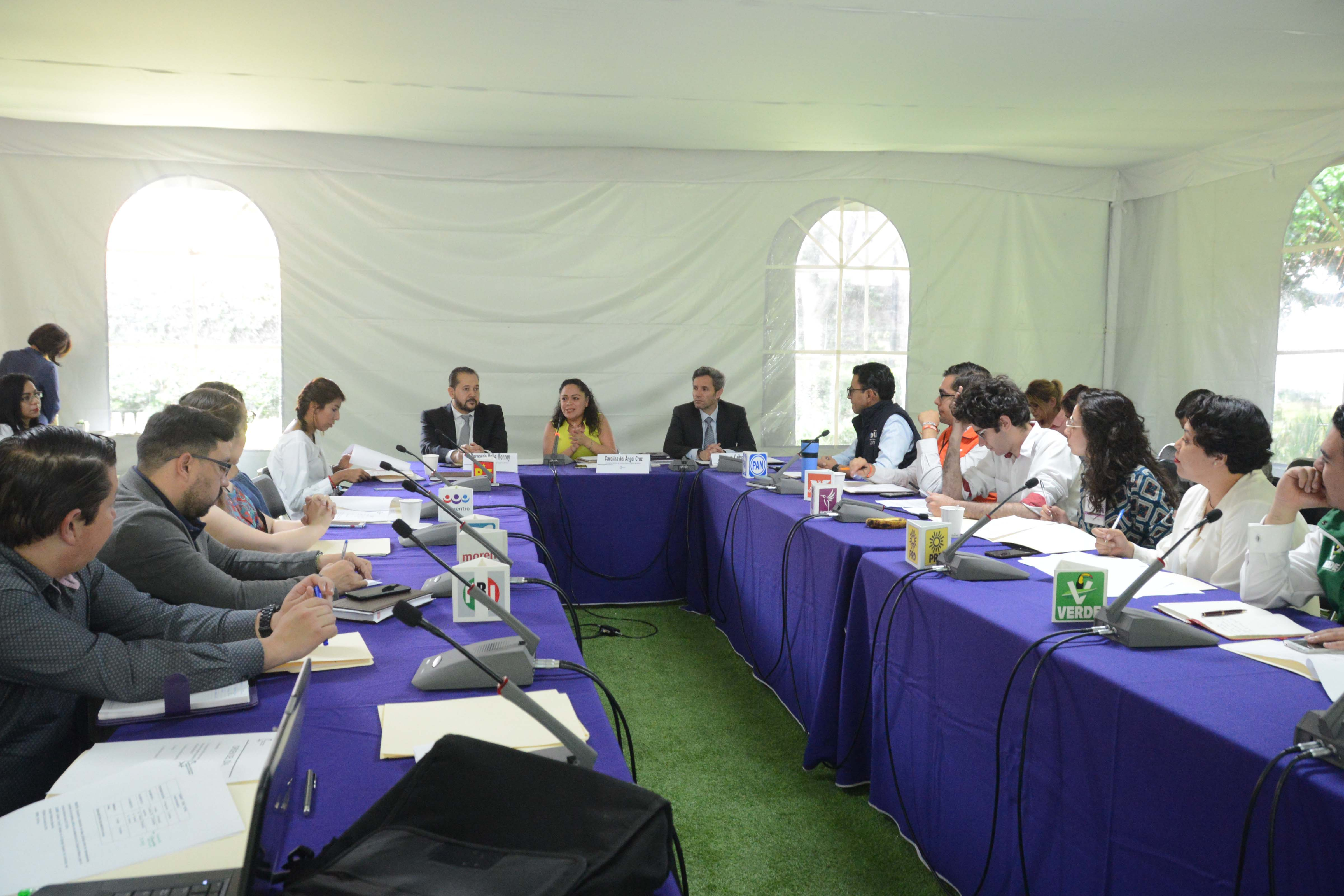 Organiza IECM intercambio de ideas entre representantes de grupos juveniles de los partidos políticos