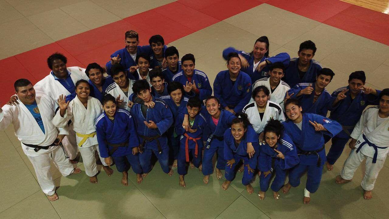 Deportistas entrenan en condiciones similares a Barranquilla