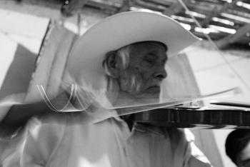 Presentan fonograma dedicado a don Heraclio Alvarado Téllez y a las músicas de la región huasteca