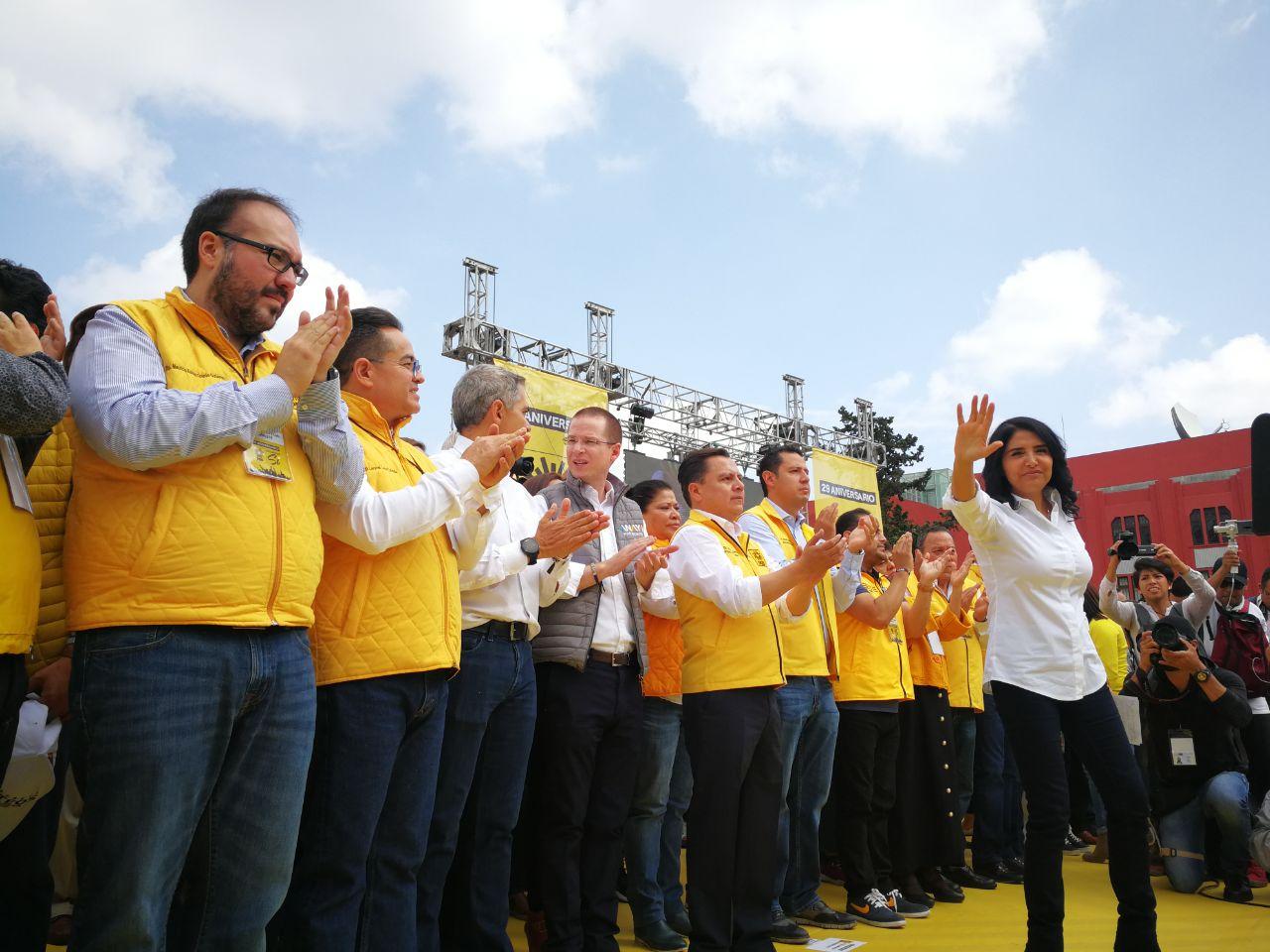 El PRD celebra 29 años de vida con macro evento en la Plaza de la República