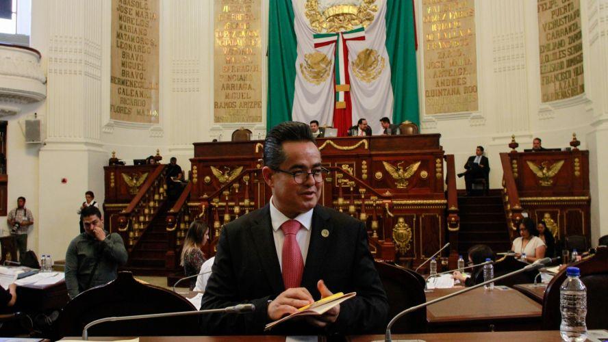 PRESENTARÁ DIP. LEONEL LUNA UNA INICIATIVA DE LEY PARA APOYAR A LOS TIANGUIS DE LA CDMX