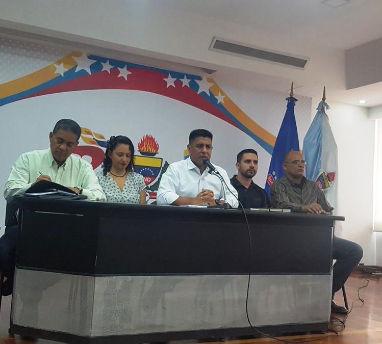 Ministro Pedro Infante anunció aumento de 50% en los sueldos de los entrenadores venezolanos