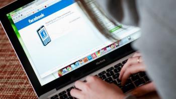 Facebook suspende 200 aplicaciones por el uso indebido de información