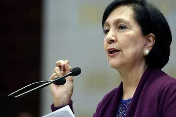 Renuncia Amalia García a la Secretaria del Trabajo