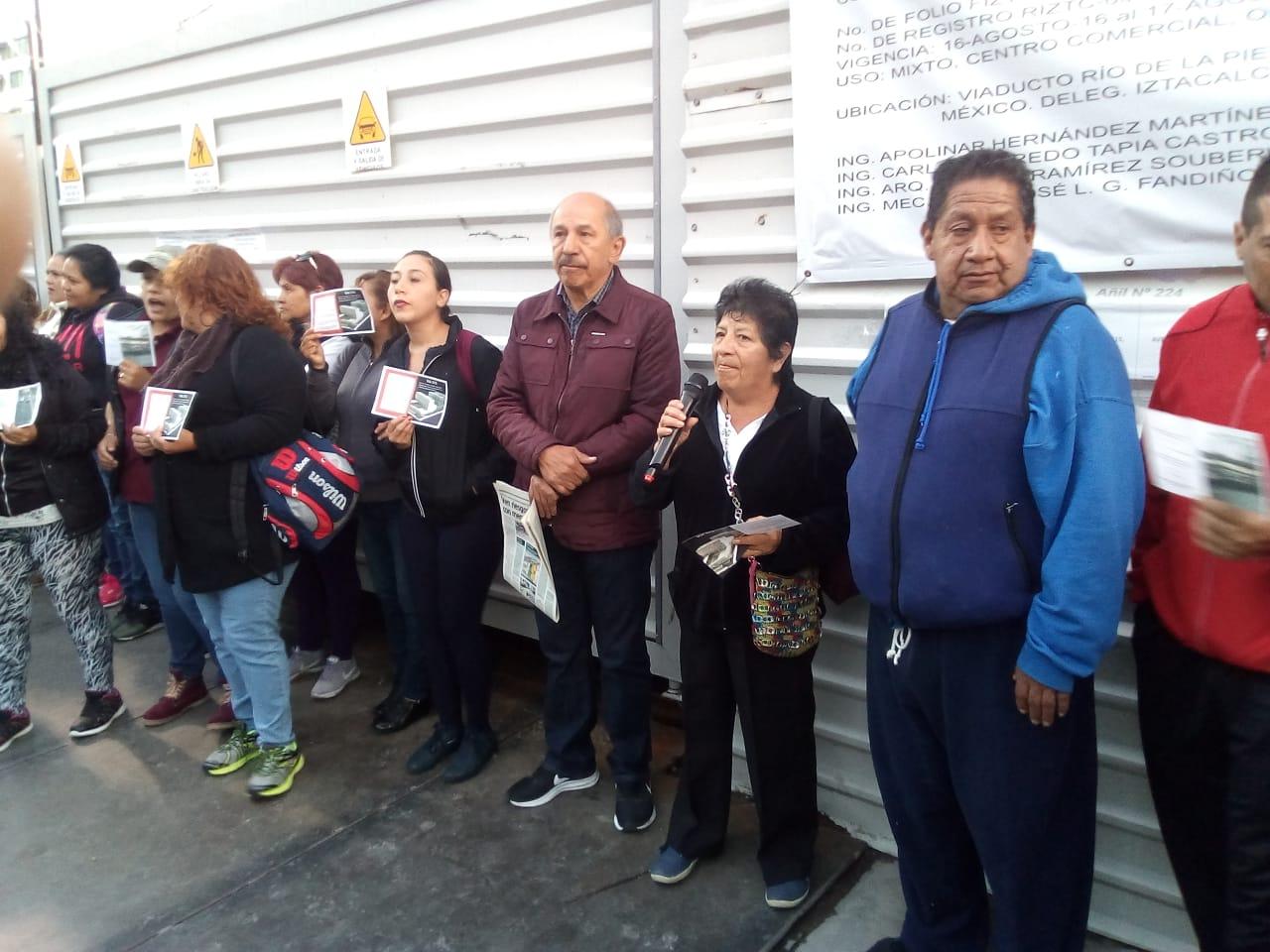 Realizan clausura vecinal a megaproyecto en Iztacalco