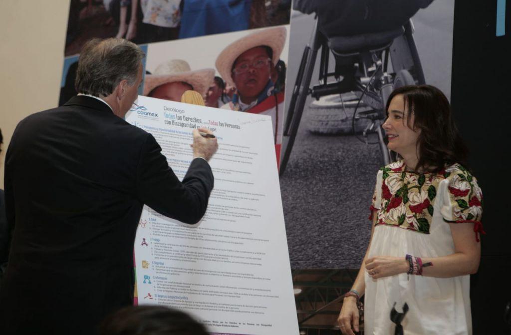Firma Meade el Decálogo de Todos por los Derechos para Todas las Personas con Discapacidad