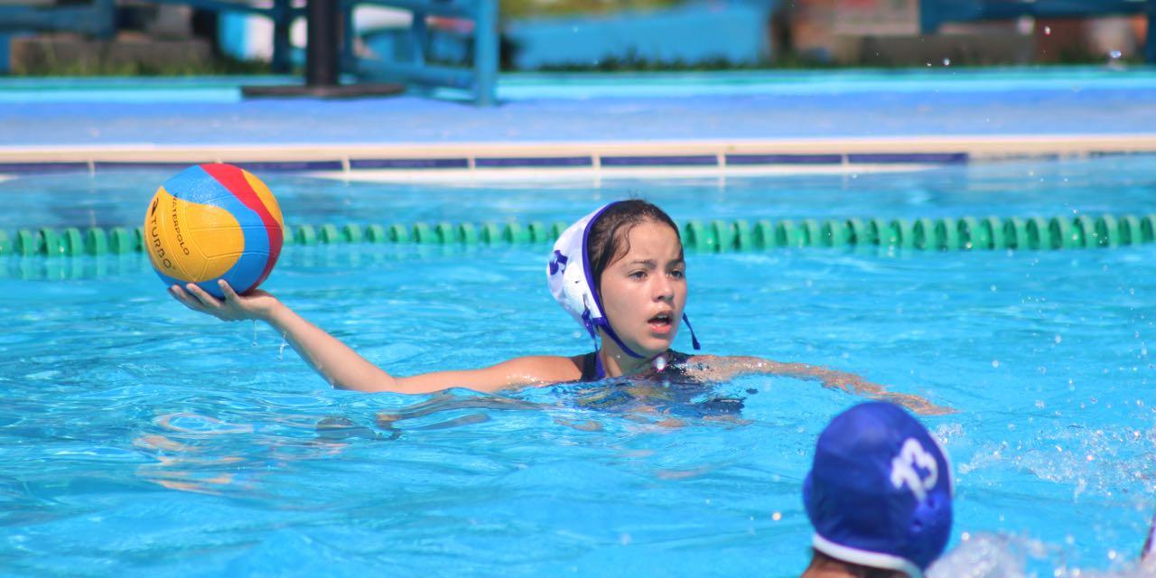 Inicia polo acuático femenil en Chetumal