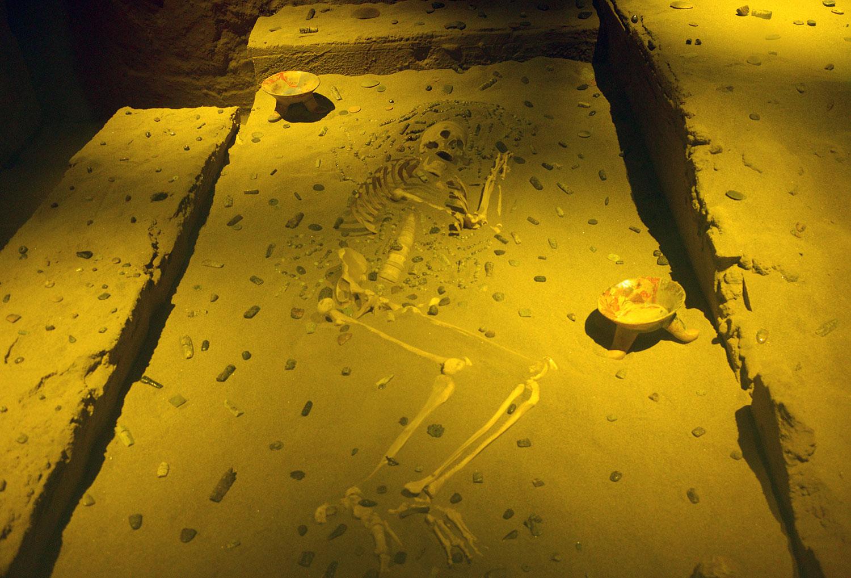 Se exhibe por vez primera, fuera de Oaxaca, el entierro de La Señora de Yucundaa, una cacica mixteca