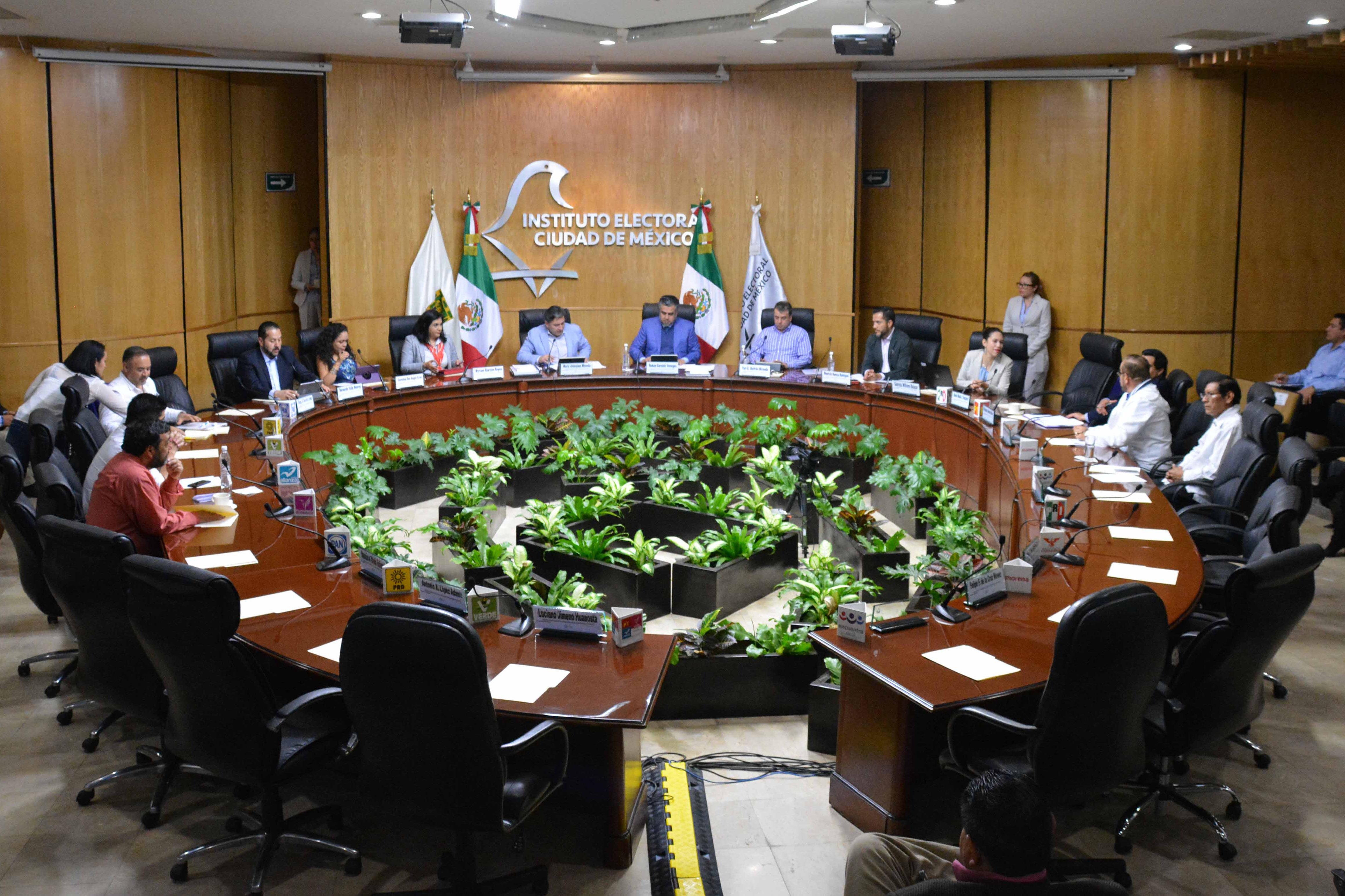 Inicia Instituto Electoral local distribución de listado nominal a consejeros distritales en Ciudad de México