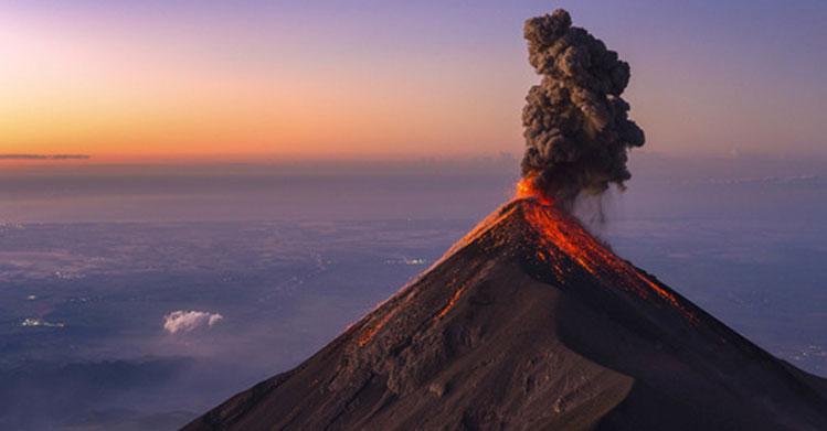 Cenizas de volcán guatemalteco podrían llegar a la frontera sur: experto del IPN