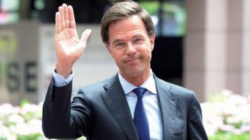Aplauden gesto de humildad del primer ministro de Holanda