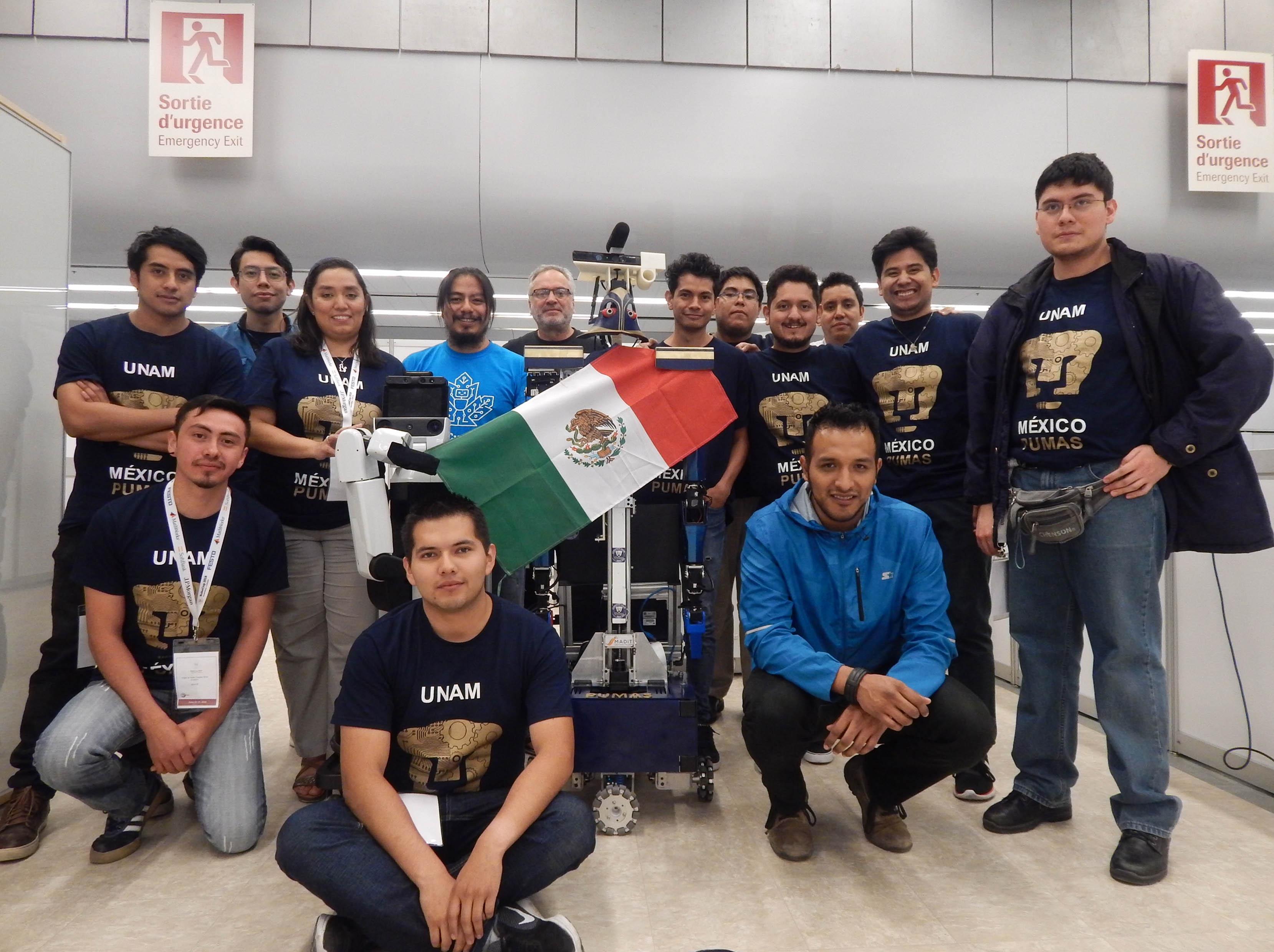 JUSTINA Y TAKESHI, ROBOTS DE LA FACULTAD DE INGENIERÍA, GANAN EN TORNEO INTERNACIONAL