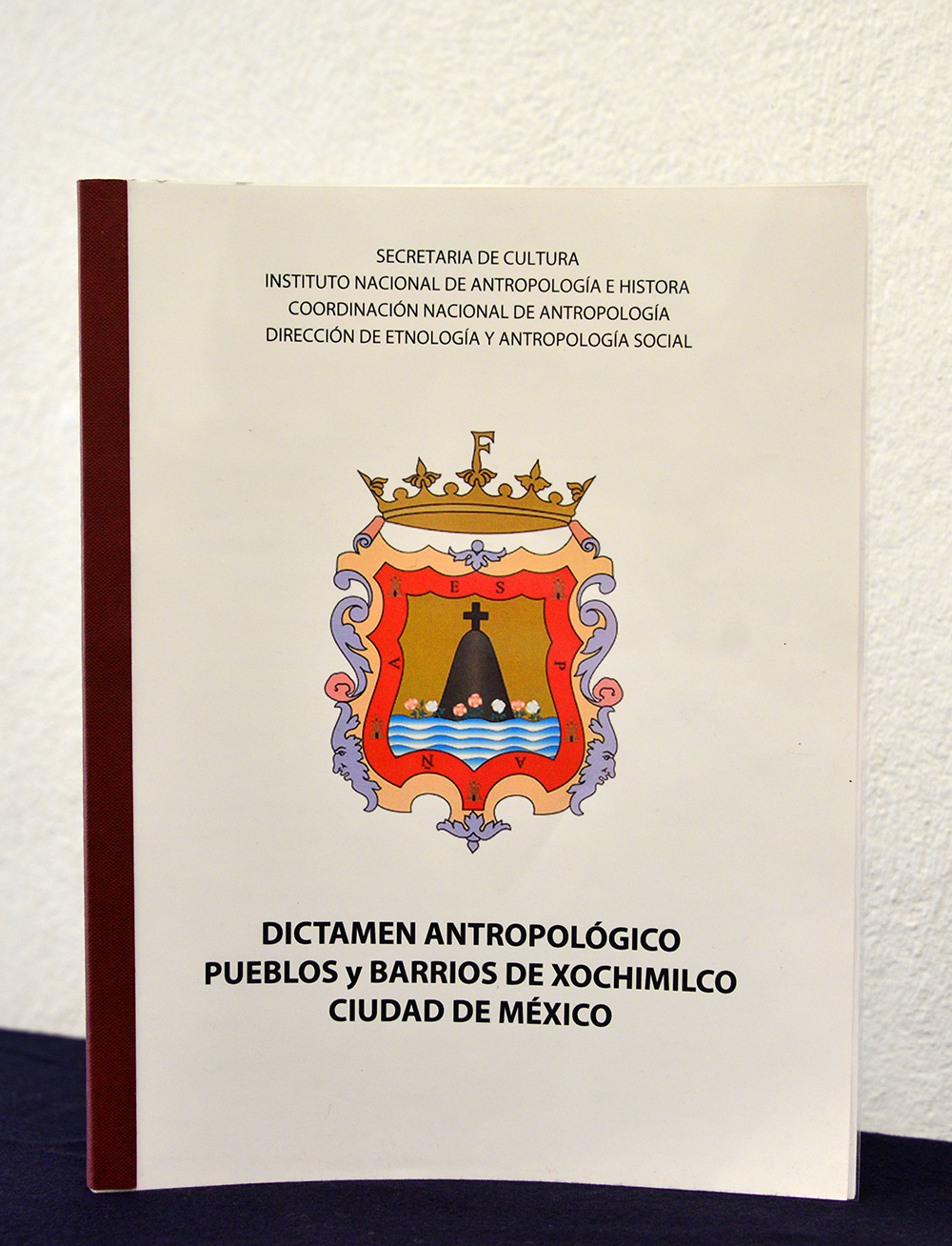 Entrega INAH peritaje antropológico sobre los pueblos y barrios de Xochimilco