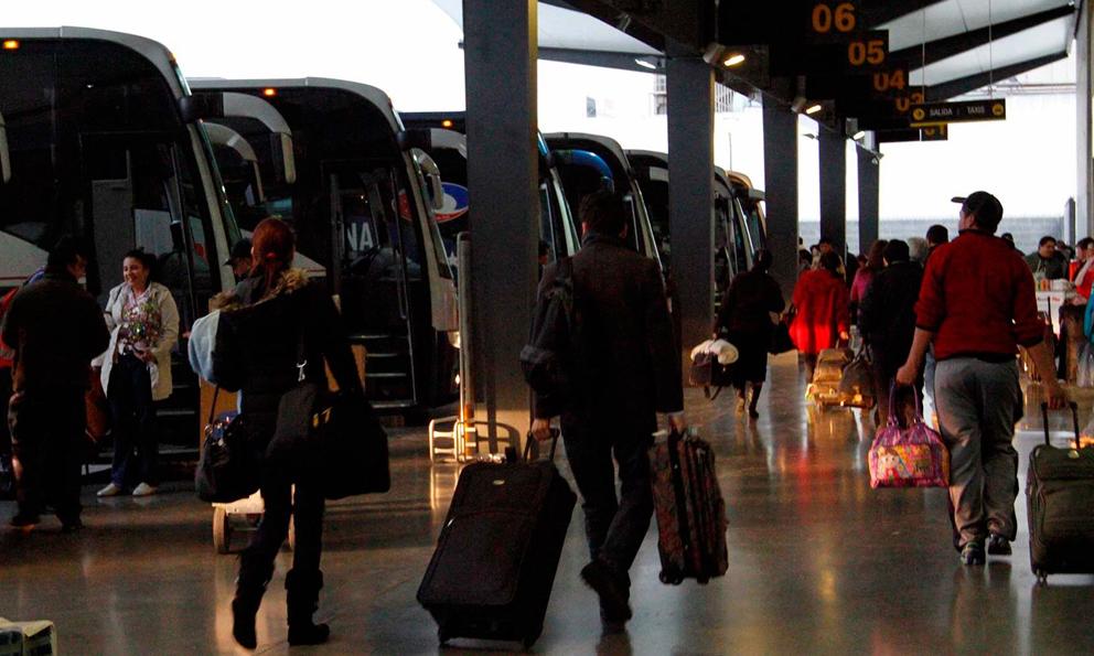 Descuentos en tarifas de autotransporte y ferrocarril a estudiantes y maestros durante las Vacaciones de Verano
