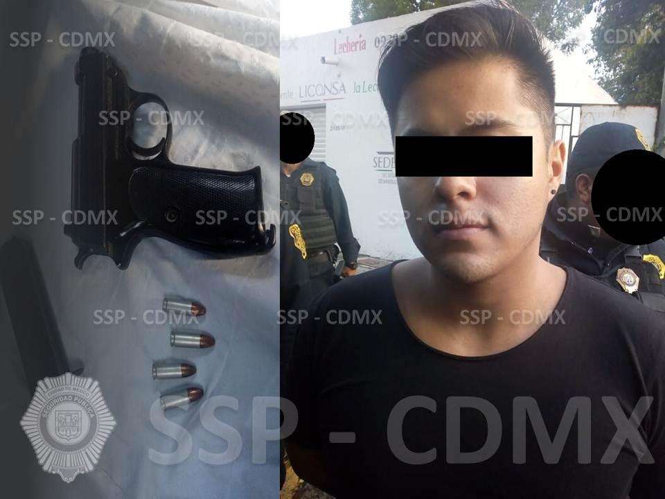 EN RESPUESTA A UNA ALERTA POR DISPAROS, POLICÍAS DETIENEN A UN HOMBRE POR PORTACIÓN DE ARMA DE FUEGO