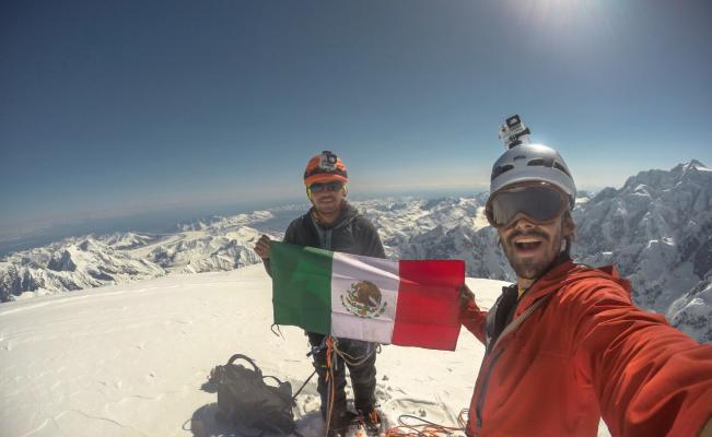 Pierden la vida montañistas mexicanos en Perú