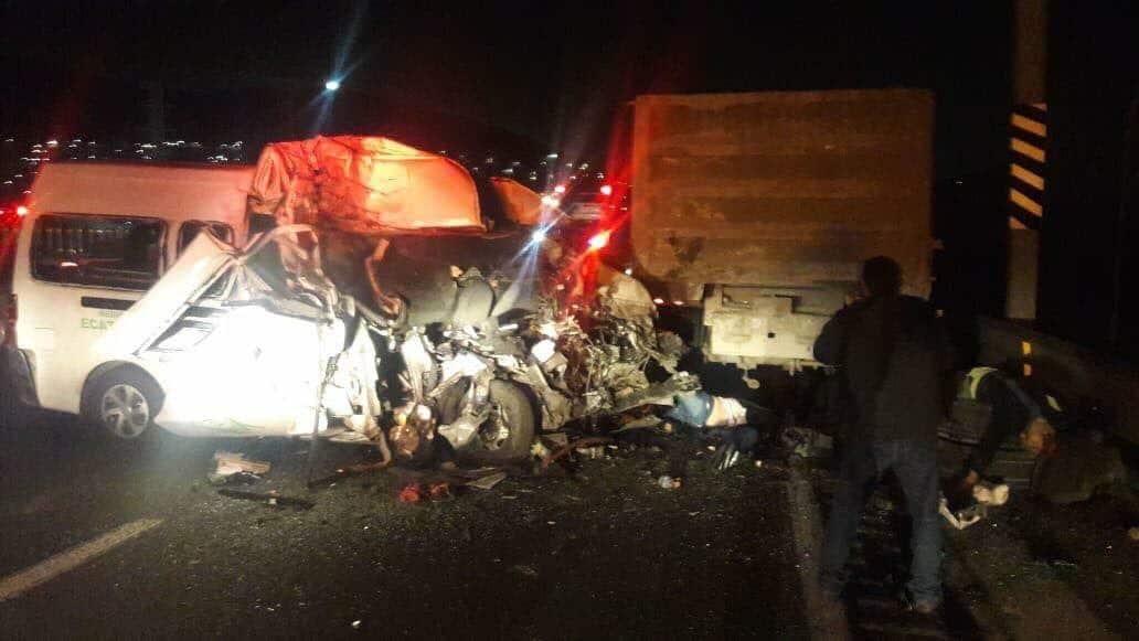 Deja 12 muertos accidente en la México-Pachuca