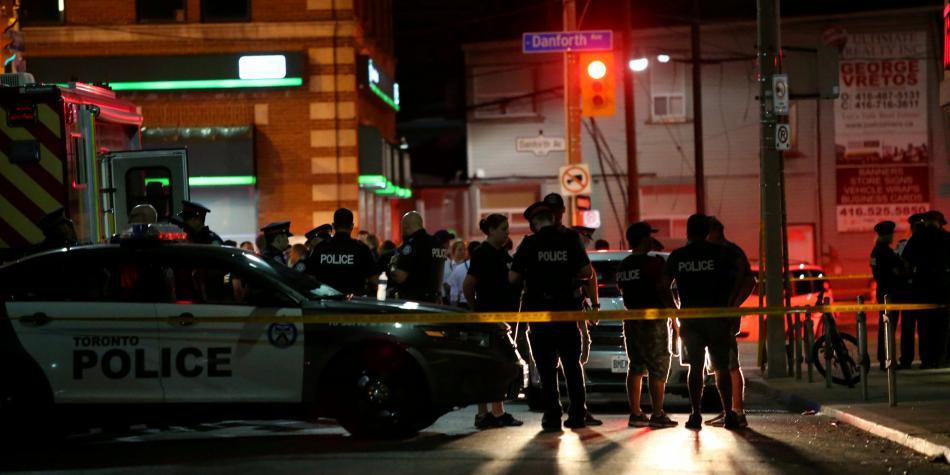 Tiroteo en Toronto deja al menos dos muertos