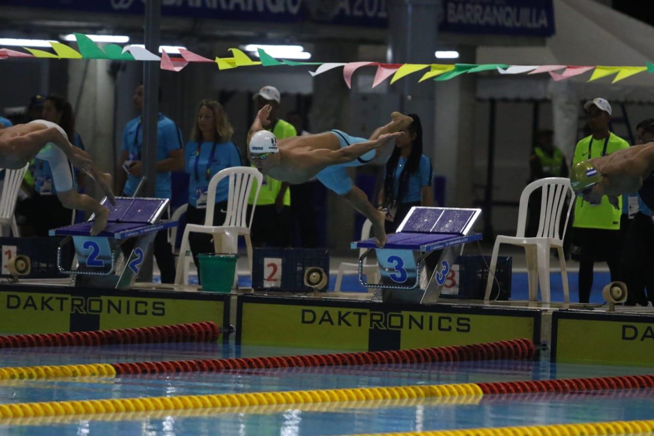 México sigue imponiendo récords centroamericanos en Natación