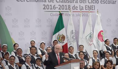 La articulación de salud y educación mejora las condiciones de un país: Narro Robles