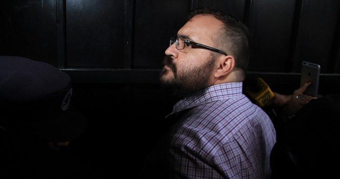 Denuncia la SFP a Duarte por desvío de 463 mdp