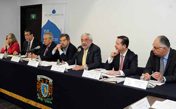 Analizan en la UNAM propuestas de políticas públicas en salud e investigación clínica