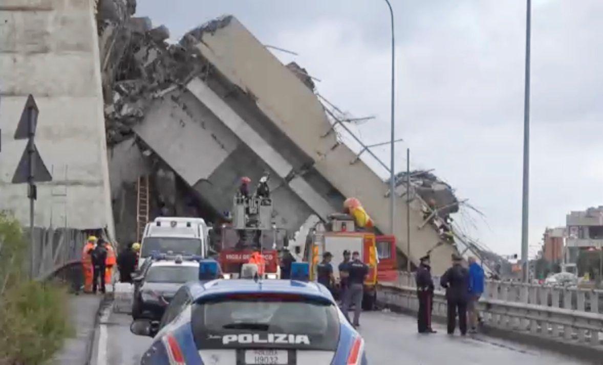 Al menos 30 muertos por colapso de puente en Génova