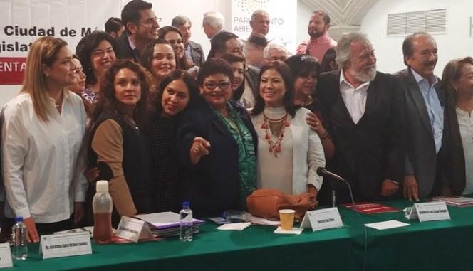 Presenta Morena su agenda parlamentaria rumbo al Primer Congreso de la Ciudad