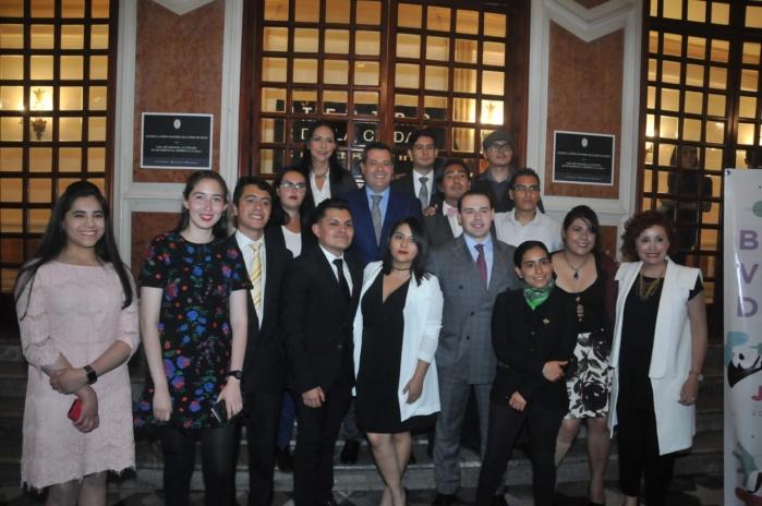 Premia GCDMX a talento joven por ser motor de cambio