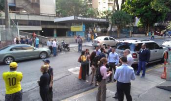 Activa Embajada de México número de emergencia tras fuerte sismo en Venezuela