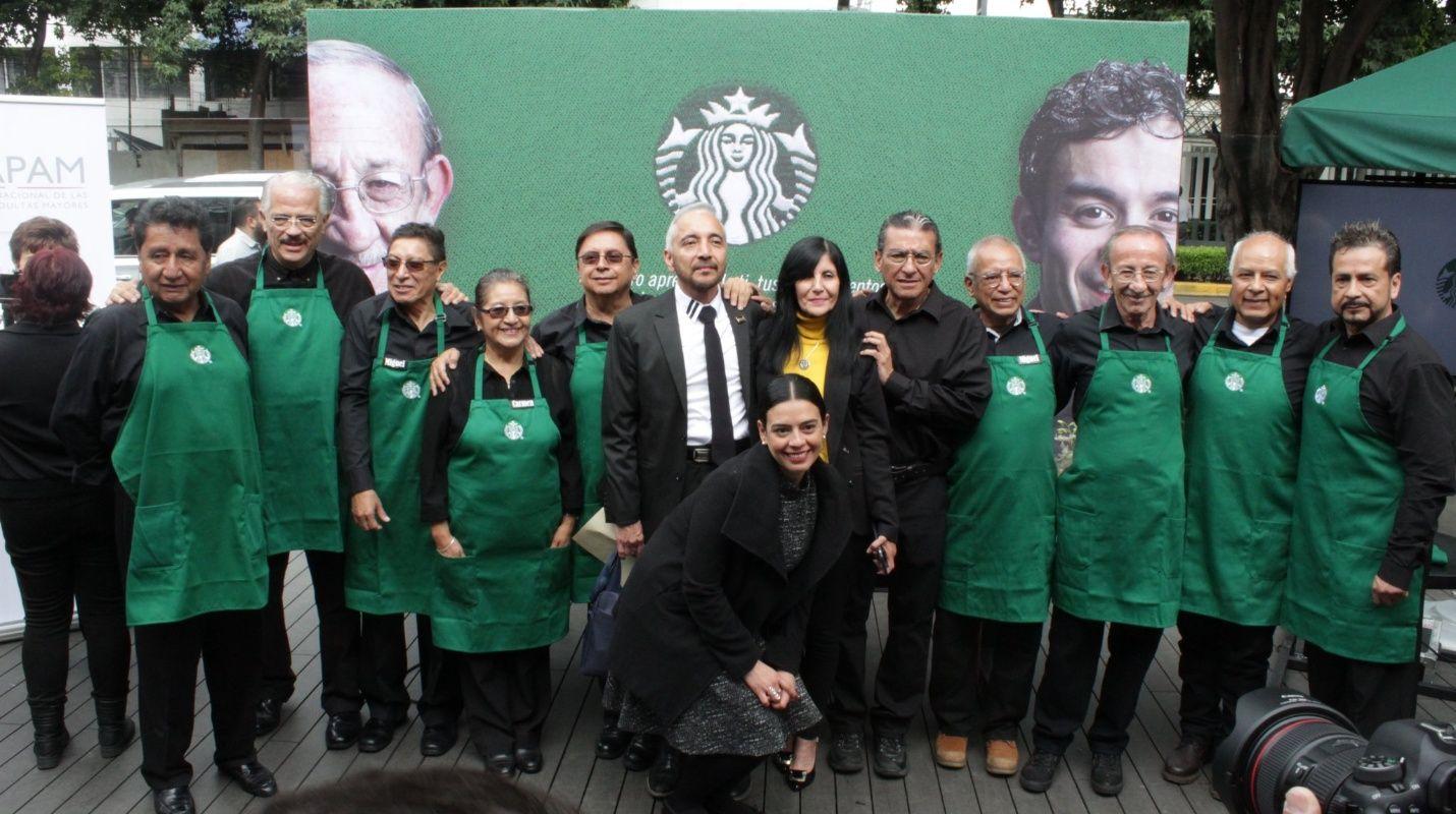 Starbucks inaugura su primera sucursal en México atendida por personas de la tercera edad