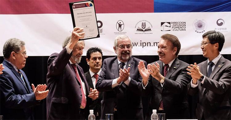 Inaugura IPN la Feria Internacional del Libro más grande de la CDMX