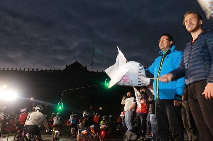 Recaudan cuatro toneladas de alimentos cuatro mil ciclistas en Gran Fondo MX